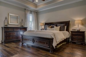 laminate flooring in bedroom